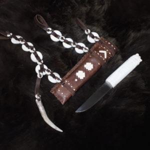 Нож с ножнами ненецкий Медведь комплект