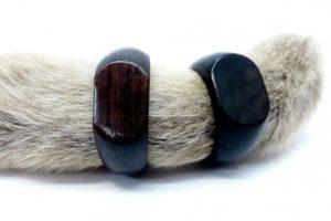 кольца из черного дерева