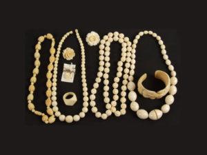 браслеты и бусы из бивня мамонта