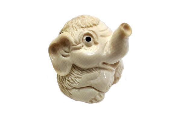 Мамонтёнок из бивня мамонта