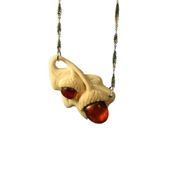Осенний дуэт кулон из янтаря и бивня мамонта